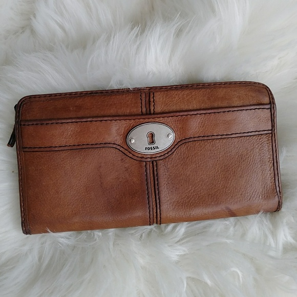 convenience goods beautiful design unbeatable price Fossil Leather Wallet